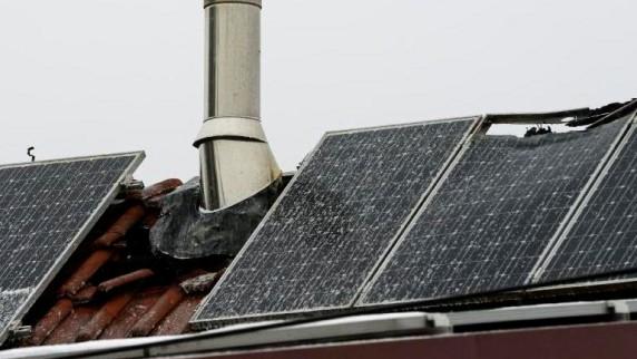 Photovoltaikanlage war bei Brand in Hafenhofen Problem für Wehr