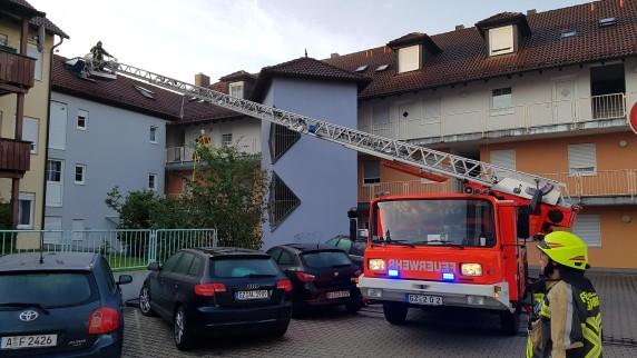 Wohnanlage in Burgau brennt